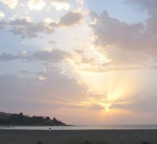 800px-CostaDelSol-sunrise